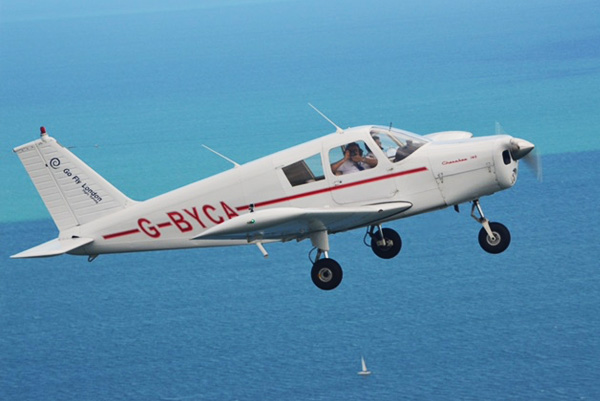 PIPER PA28 plane