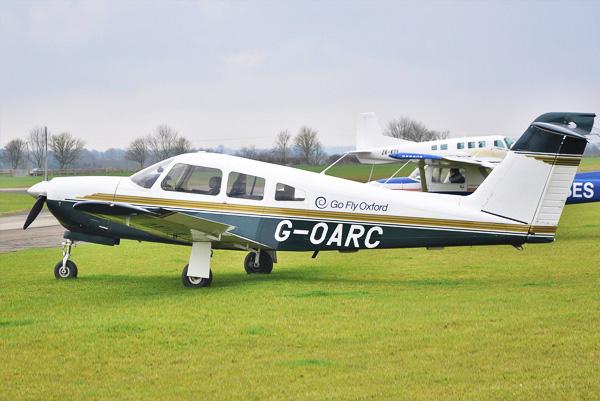 Piper Arrow plane