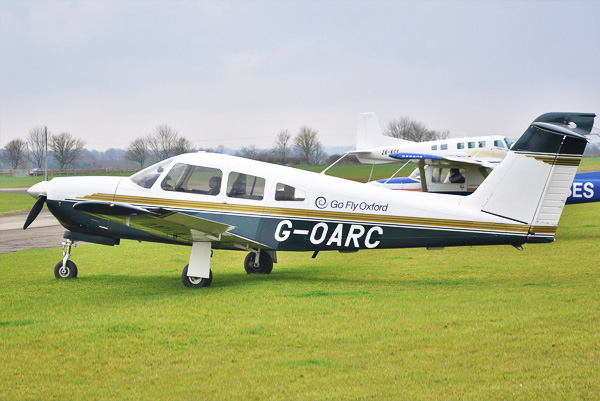 Piper Arrow plane